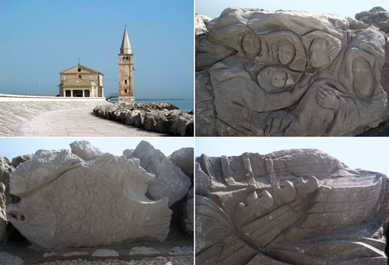 "Caorle (Ve), Lungomare, ""Scogliera viva""."